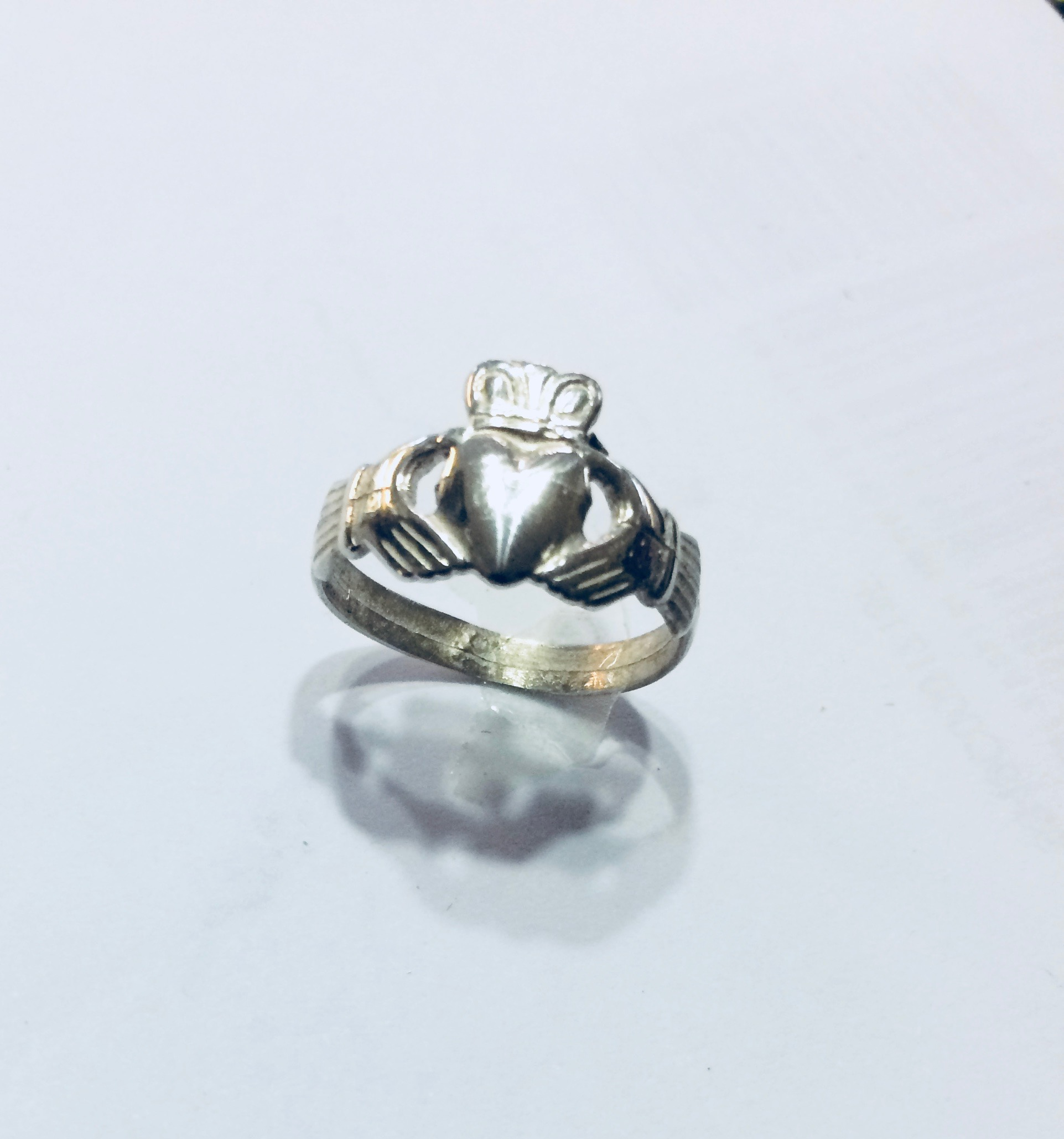 Anello Claddagh piccolo